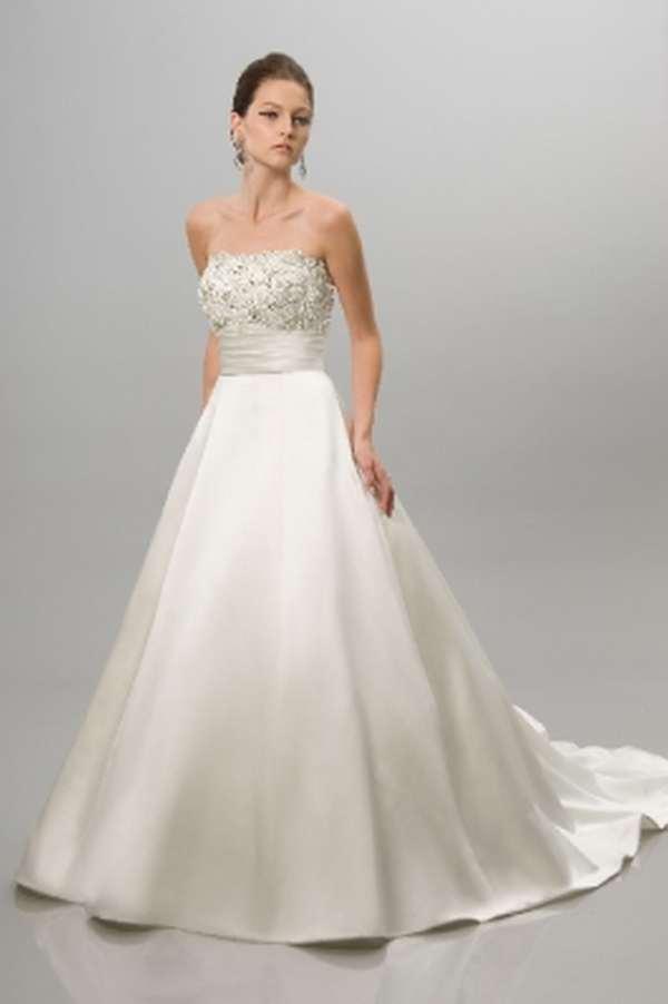 Alquiler y venta de trajes y vestidos de novia CLSICOS Boda 10