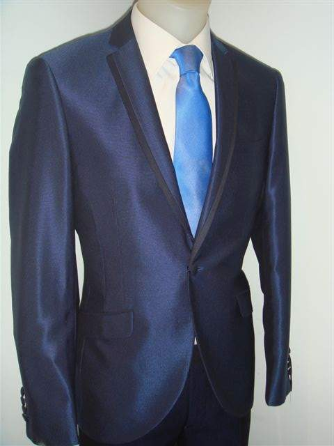 Alquiler y venta de trajes de novio 0f8da2d7fde